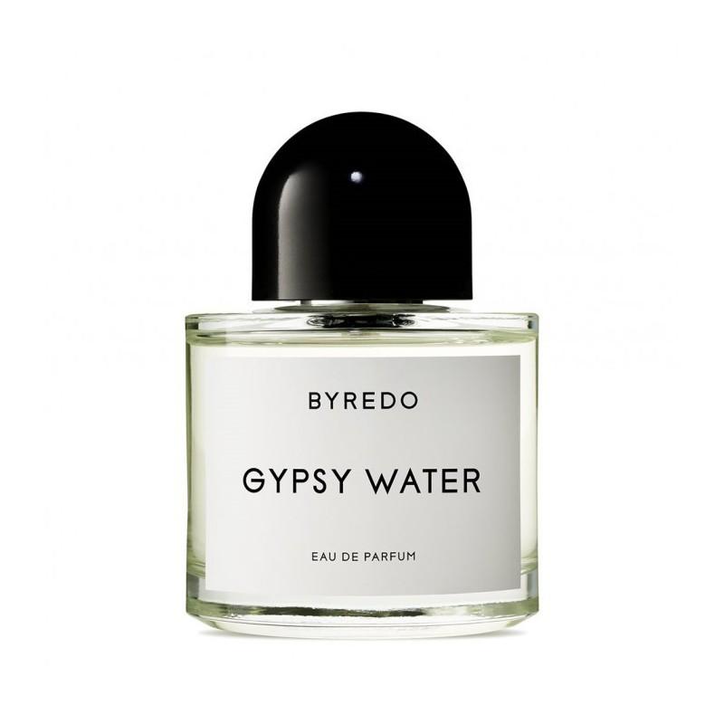 Gypsy Water di Byredo è una fragranza alle note olfattive di bergamotto