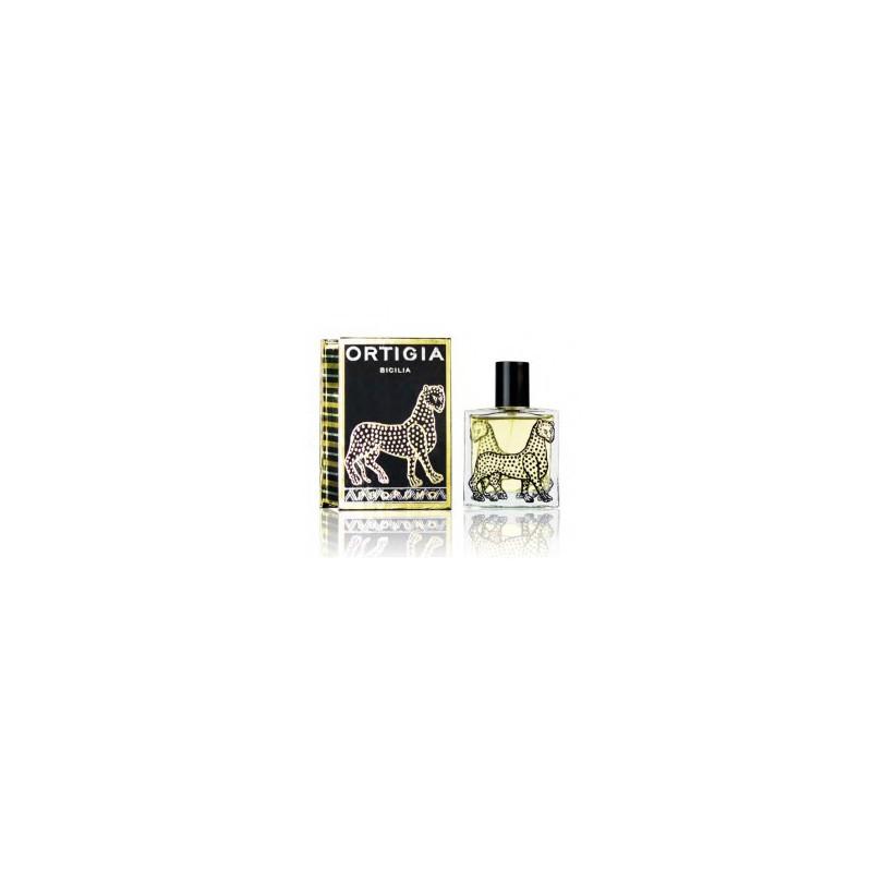 Ambra Nera di Ortigia è un profumo caldo e ricco con un'aroma di spezie e resina