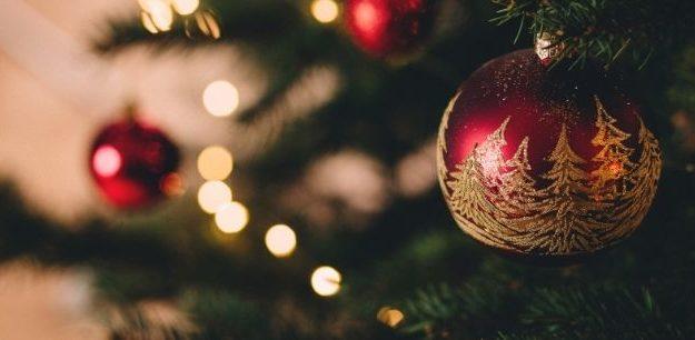 Profumi di lusso per lui e lei da regalare a Natale 2020